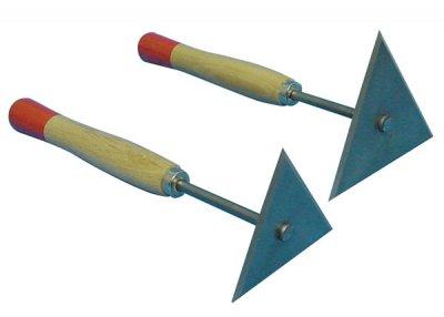 Deluxe Triangular Blade Scraper Pigeons Co Uk