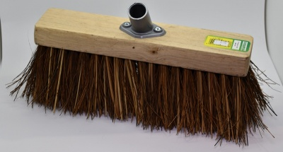 Yardbrush Head With Stiff Natural Fibre Bristles