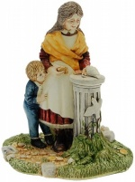 Little Visitors Figurine